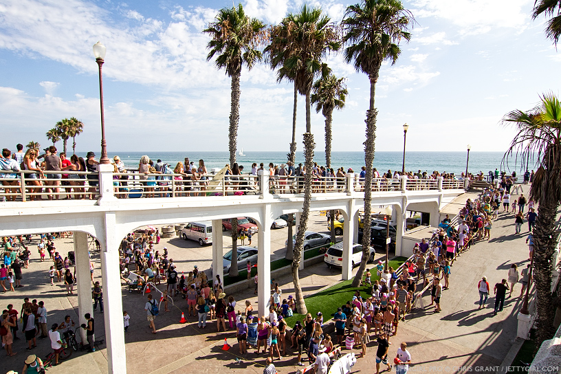 Unbelievable lines for the Bethany Hamilton signing at the 2013 Supergirl Pro in Oceanside, California. Surf photo by Chris Grant, Jettygirl Online Surf Magazine.