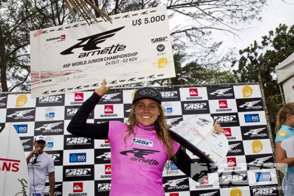 Leila Hurst, Hawaii, is the Arnette World Junior Champion. Photo © ASP/Rowland