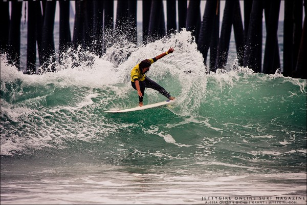 Alessa Quizon frontside snap at the 2011 Supergirl Pro Jr in Oceanside. Surf photo by Chris Grant, Jettygirl Online Surf Magazine