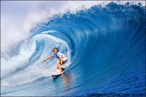 Bec Woods, Cloudbreak, Fiji. Photo © ASP/KAREN