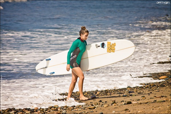 Lindsay Steinriede, 2011 ASP Women's Longboard World Champion. Photo by Chris Grant, Jettygirl Online Surf Magazine.