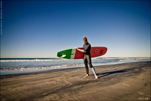 Lindsay Steinriede, 2011 ASP Women's Longboard World Champion. Photo © Chris Grant, Jettygirl Surf Magazine.