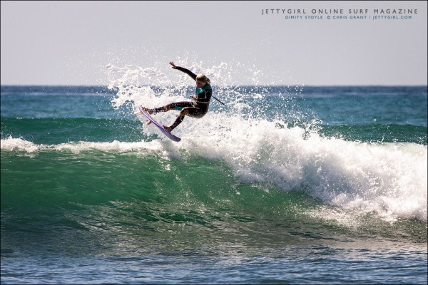 Dimity Stoyle. Frontside air. Surf photo by Chris Grant, Jettygirl Online Surf Magazine.