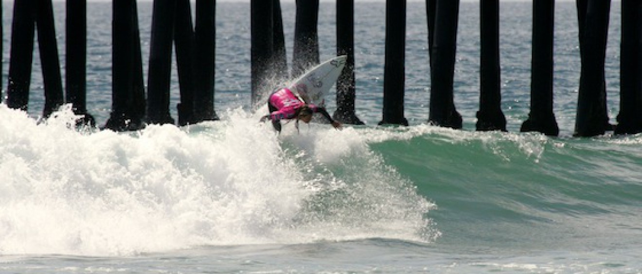 Australia's Keeley Andrew, 18, earned the highest scores on opening day of the Ford Supergirl Pro. Photo credit: ASP/SHADLEY