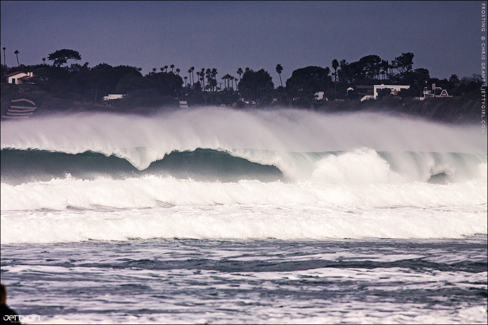 Wintertime offshore winds. Photo © Chris Grant, Jettygirl Online Surf Magazine