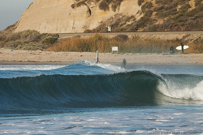 Glassy, unridden wave. Surf photo by Chris Grant, Jettygirl Online Surf Magazine.