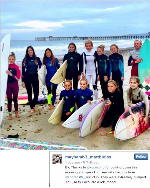 Coco Ho spends time with the girls from Shorecliffs Surf Club. Photo courtesy of Matt Biolos.