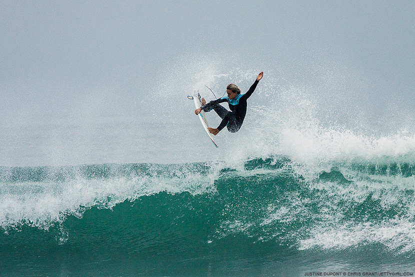Justine Dupont, frontside air. Chris Grant photo on Jettygirl Online Surf Magazine.
