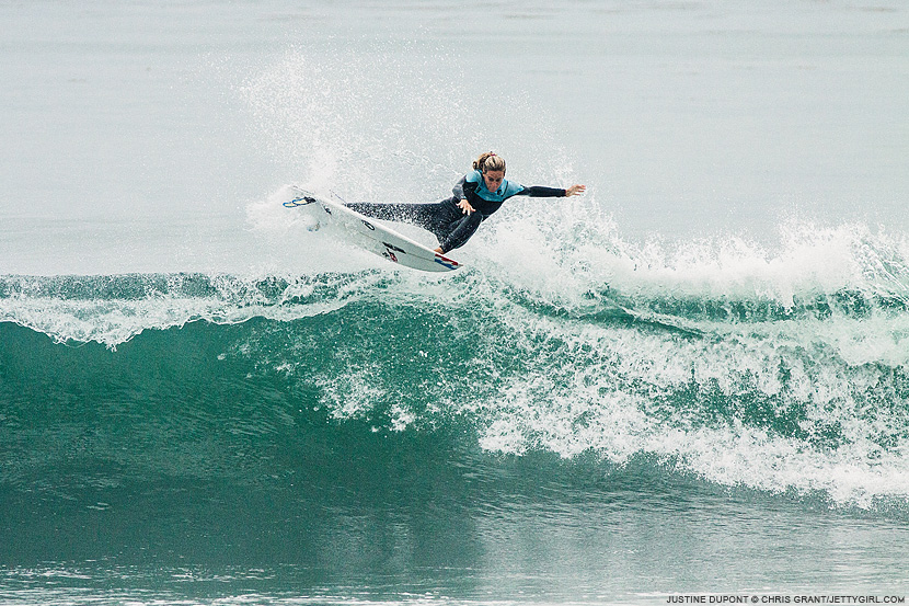 Justine Dupont frontside rotation. Chris Grant photo on Jettygirl Online Surf Magazine.