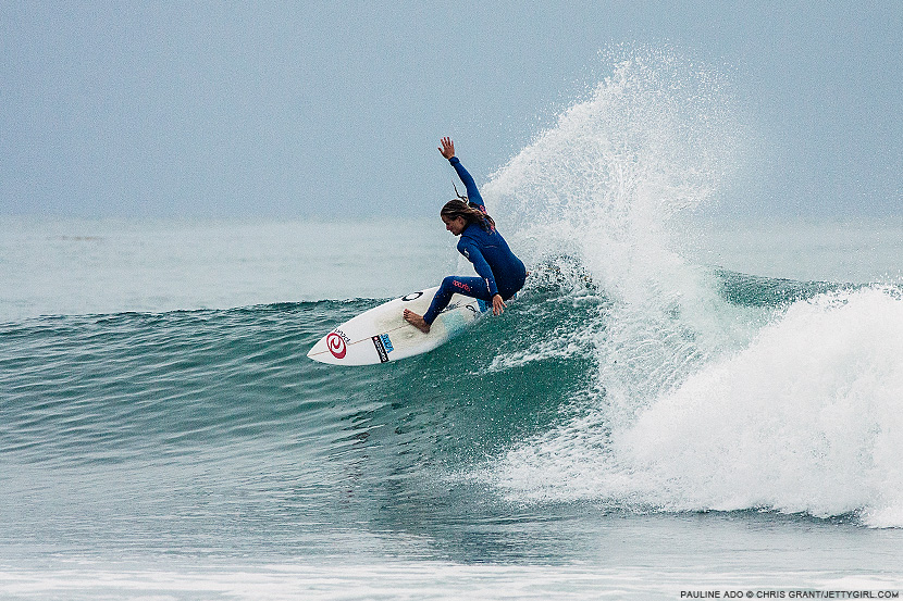 Pauline Ado, frontside carve. Chris Grant photo on Jettygirl Online Surf Magazine.